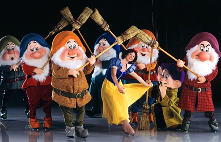 Disney On Ice Dare to Dream Snow White Energyst